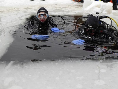 Plongee sous glace 2
